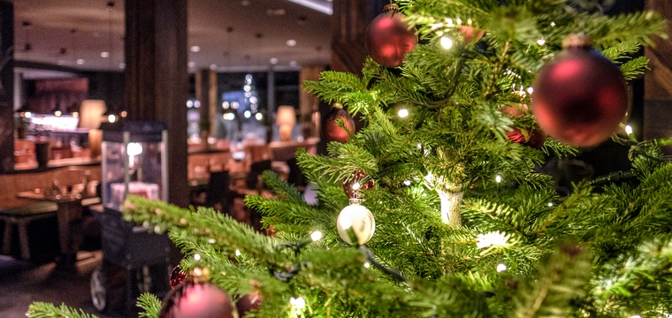 2. Christmas Day at Restaurant Twist